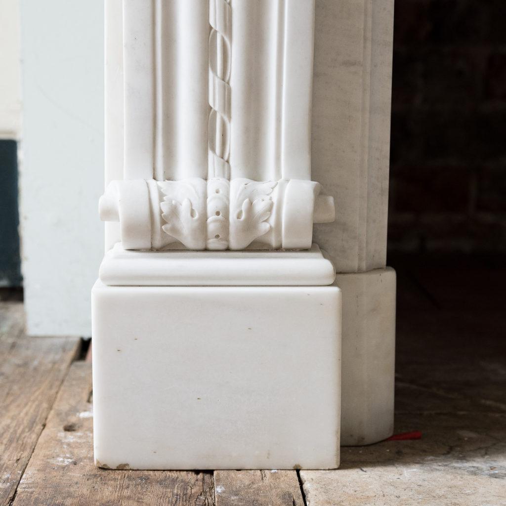 Fine Louis XVI Carrara marble fireplace, -138452