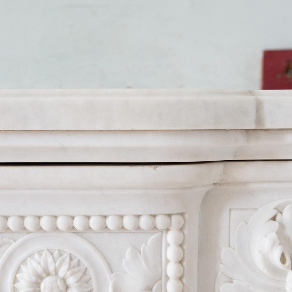 Fine Louis XVI Carrara marble fireplace, -138455