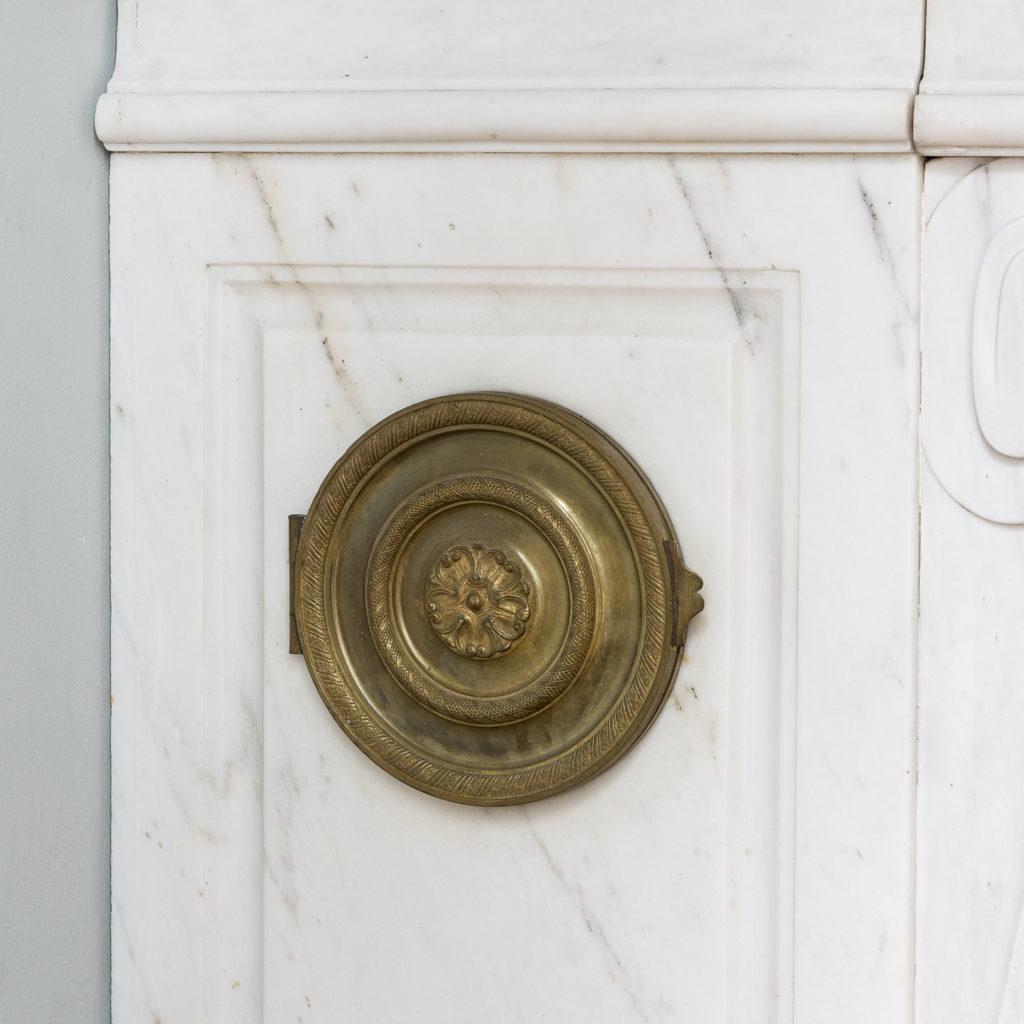 Fine Louis XVI Carrara marble fireplace, -138441