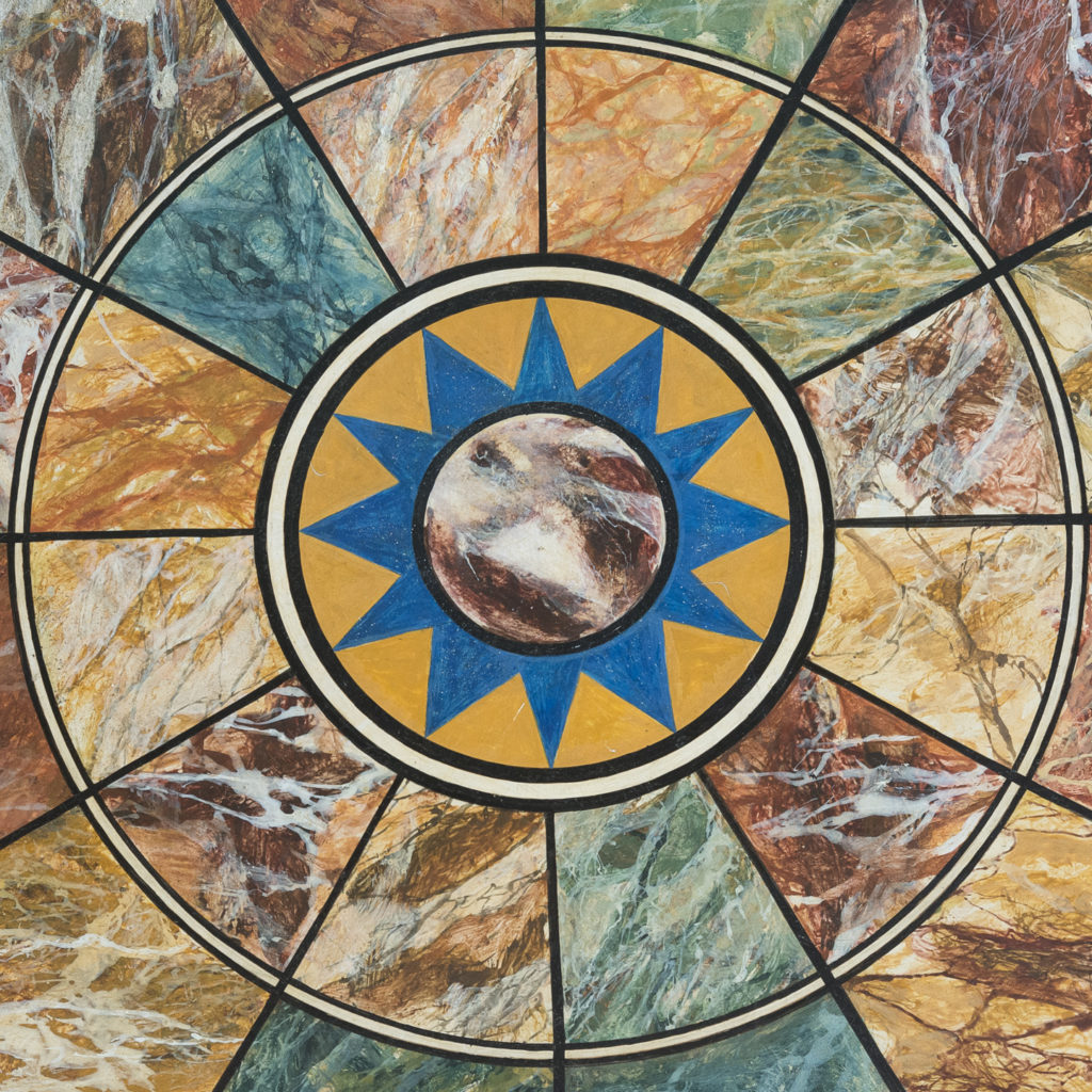 star motif to the centre