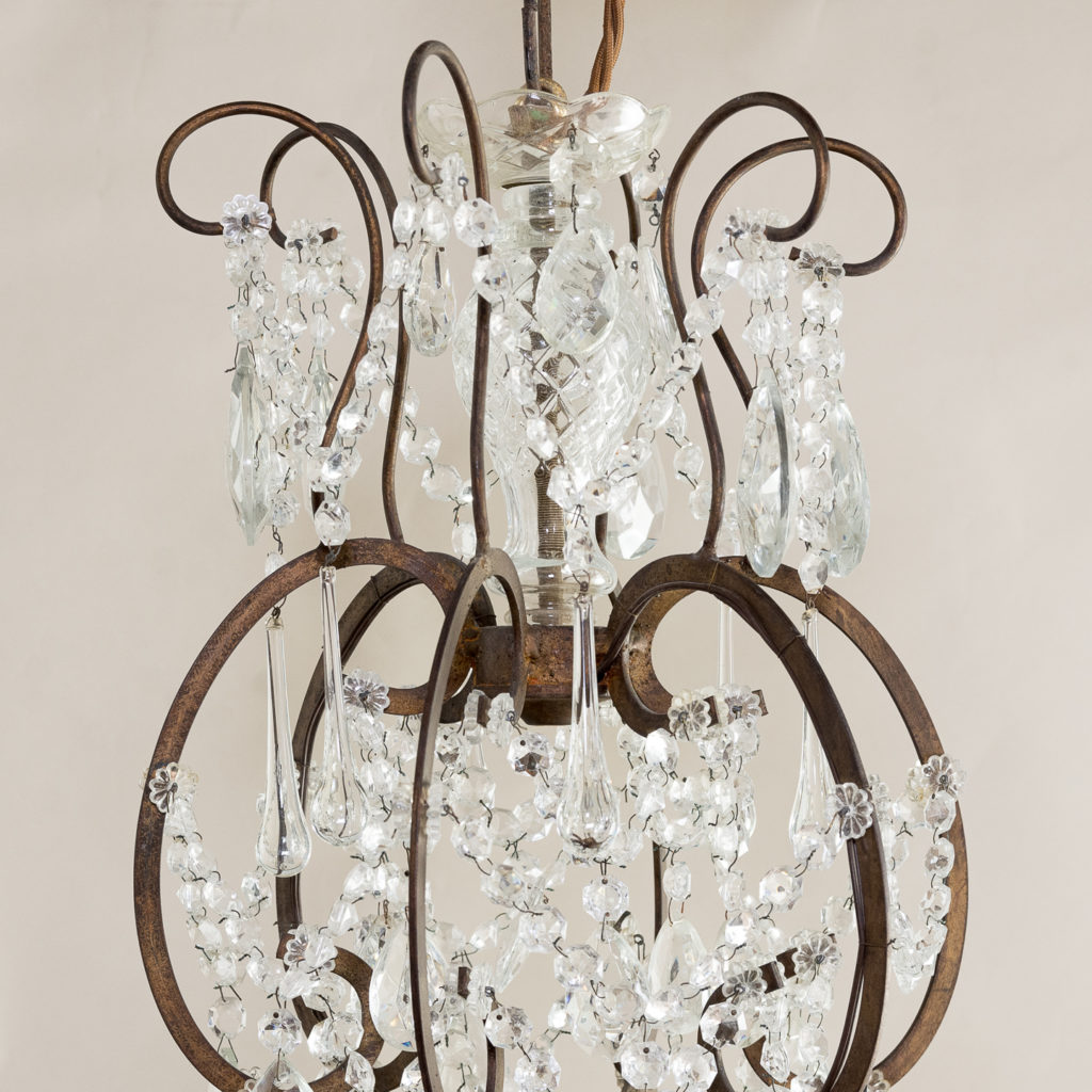 Twentieth century Continental eighteen light moulded glass chandelier, -139158