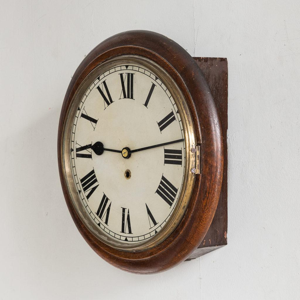 Victorian oak cased dial clock, -140376