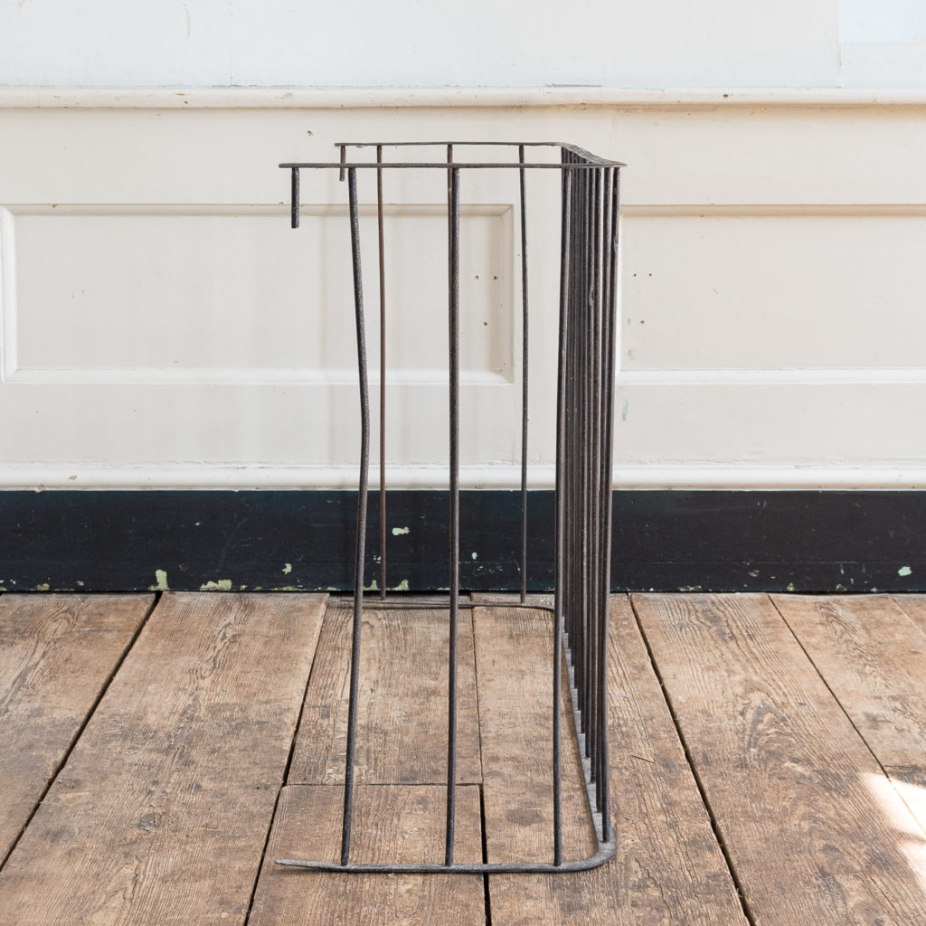 Nineteenth century wrought iron fireplace fender, -139800