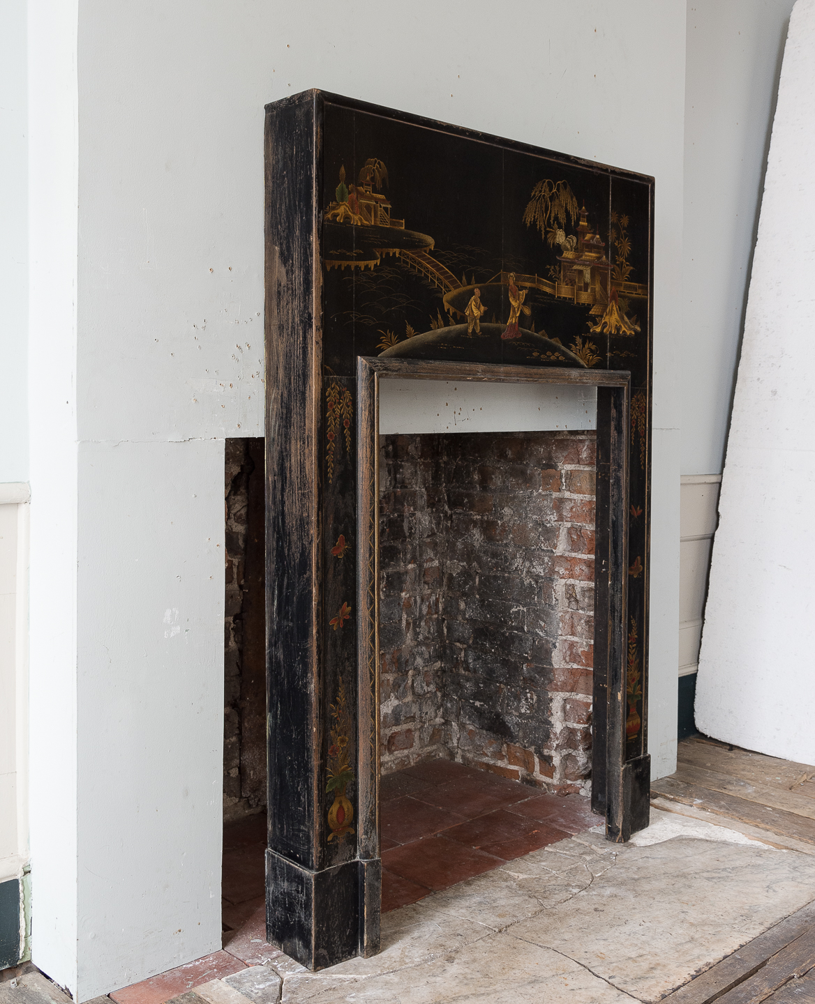1920s Chinoiserie Revival fire surround, -140055