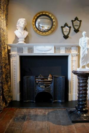 24487 chimneypiece