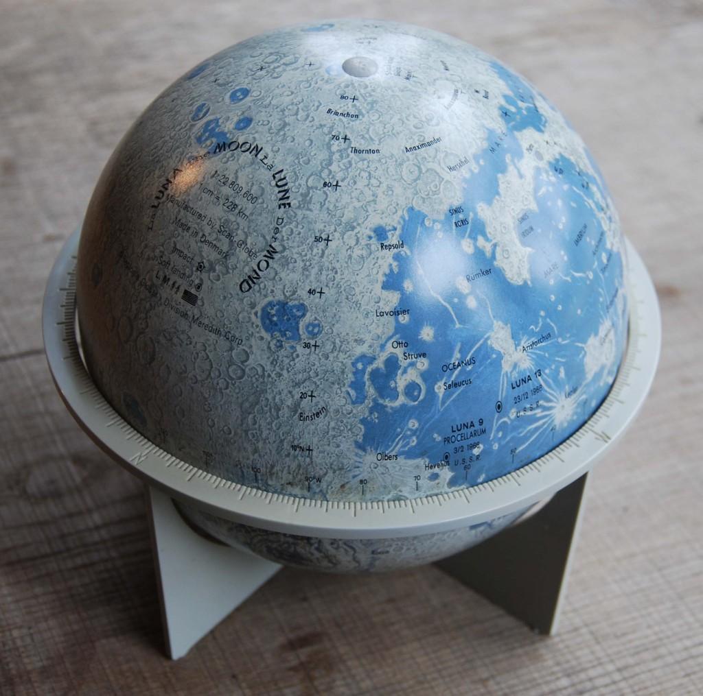 Lunar Globe