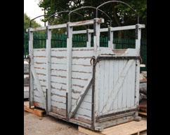 Horse Lifting Box