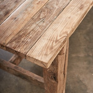 31469 - Long Oak Dining Table_009
